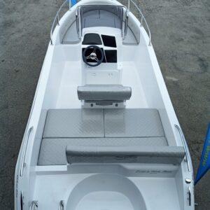 Visione interno barca elite 19 s pro